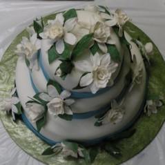 flower gumpaste gardenis magnolia cake wedding