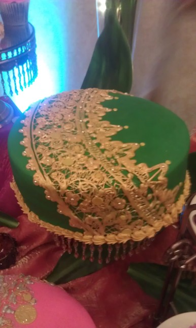 Sari, india, lace, gold, green, jewel, sequin, ornate, asymetrical. deep color